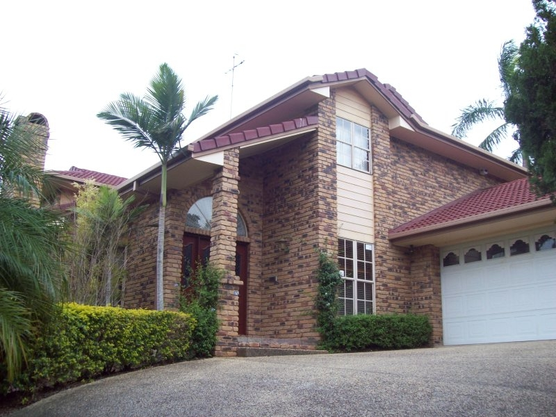 Huge Four bedroom home PLUS study. A must to inspect!