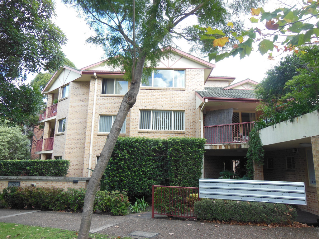 BEAUTIFUL IMMACULATE 2BR UNIT