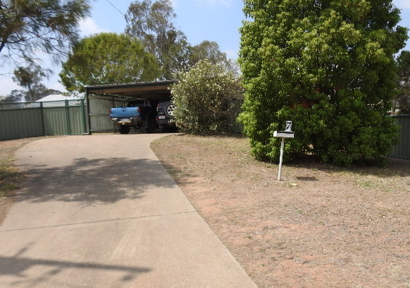 Family home close to High School and Showgrounds – TOL