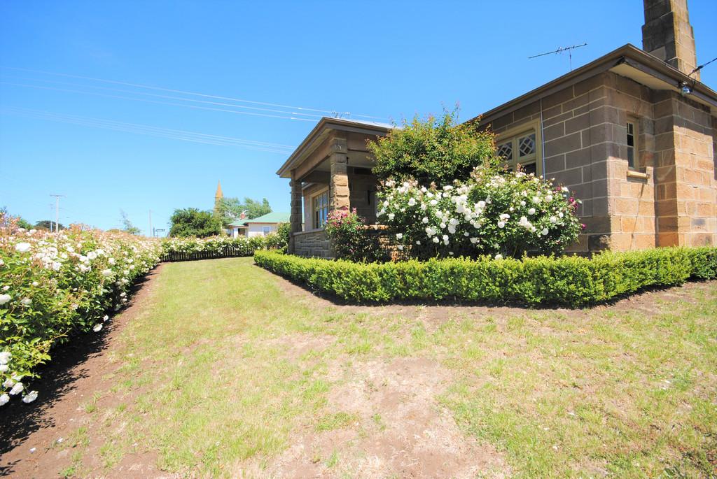 property image 1194066