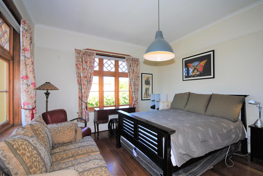 property image 1194078