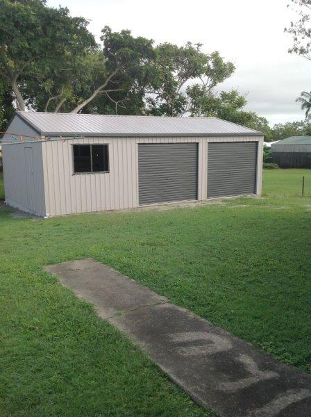 SPACIOUS DUPLEX, LARGE 3 BAY SHED, CLOSE TO MT PLEASANT