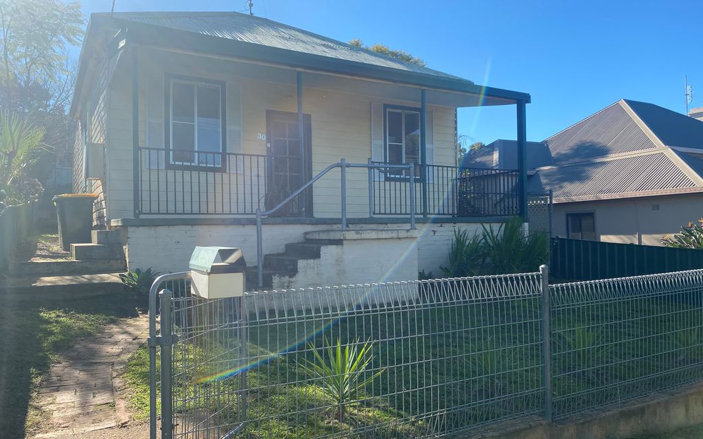 Cosy home – Available to view 20/7/2020