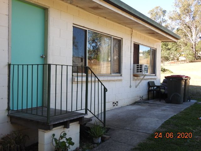 TWO BEDROOM UNIT CLOSE TO TOWN AMENITIES