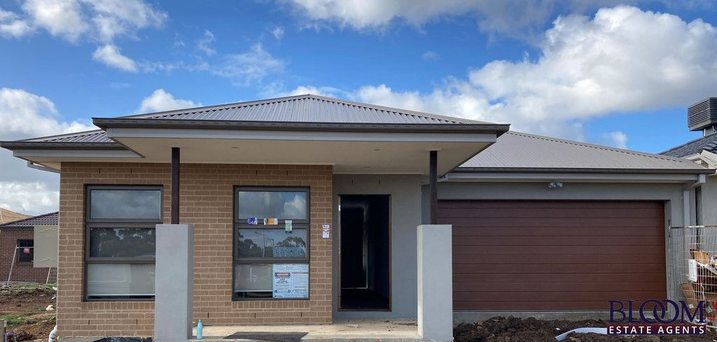 Brand new , amazing home in the heart of Tarneit