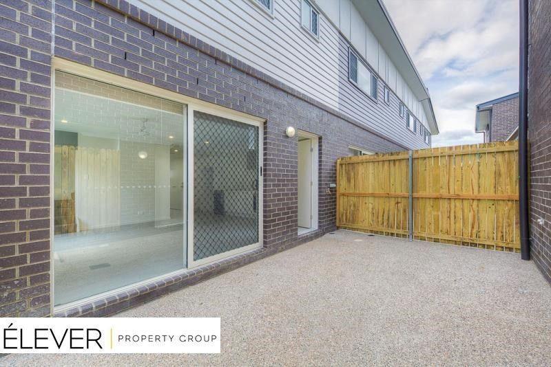 Modern & Stylish Duplex in Redbank Plains