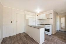 LIGHT BRIGHT 2 BED UNIT WITH CITY VIEWS FROM THE BALCONY