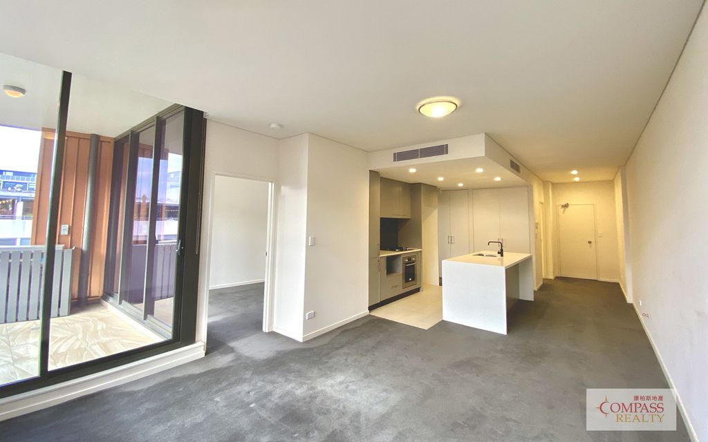 LIKE NEW  2 BEDROOM APARTMENT IN LUXE!