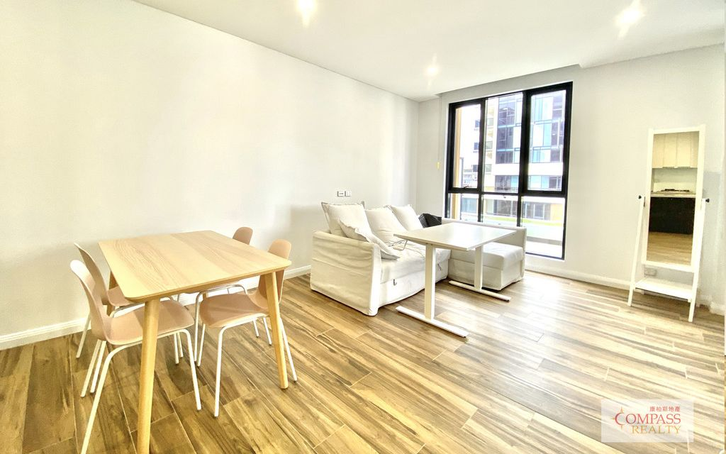 FURNISHED LIKE NEW DESIGNER APARTMENTS NOW RENTING IN PAGEWOOD