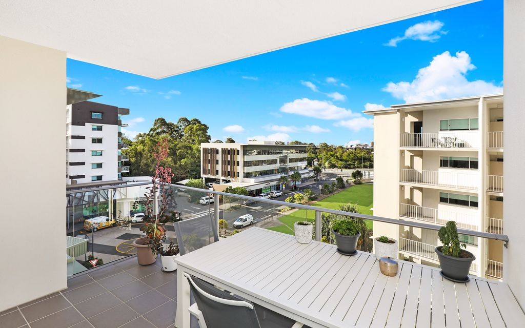 SECURE INNER CITY LIVING IN A SUNSHINE COAST HOT SPOT