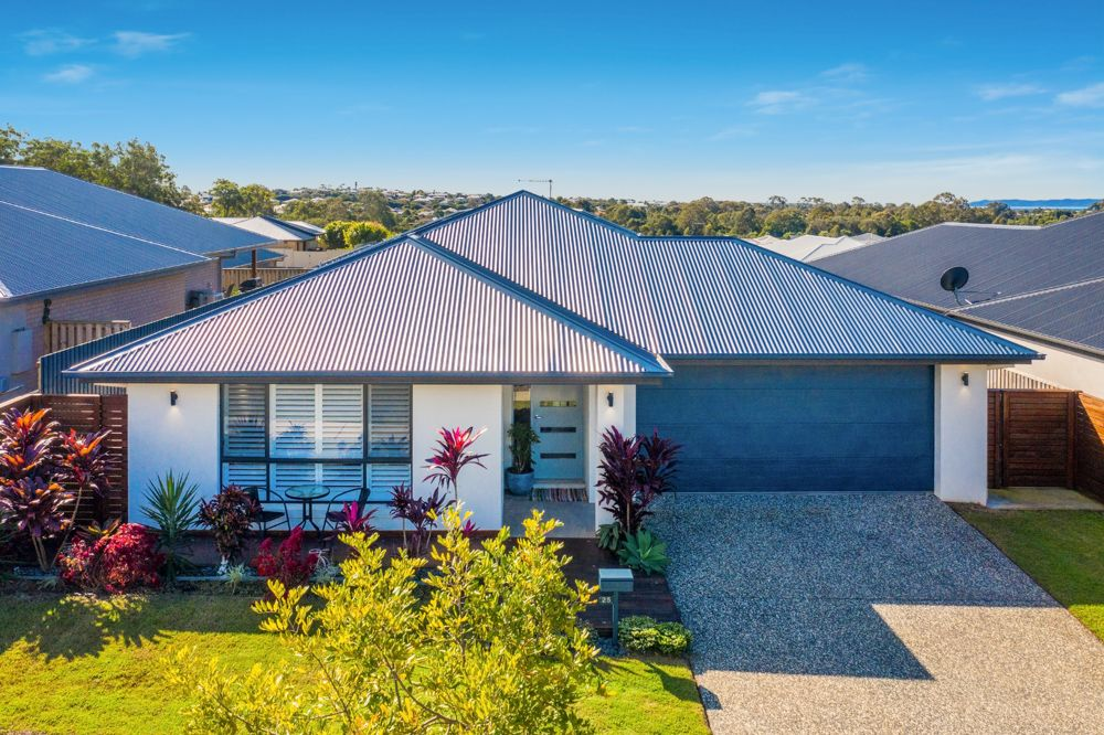 Your property search ends now! Immaculately Presented Near New Home