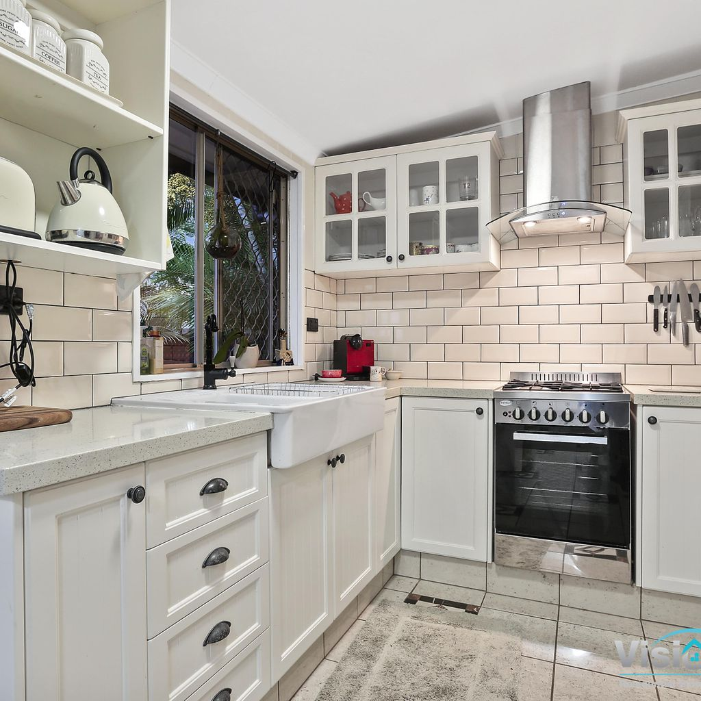 Clontarf Charmer with Self-Contained Studio