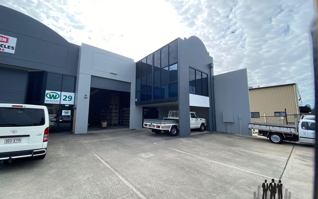 Clean Tilt Panel Warehouse