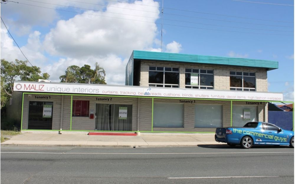 GREAT LOCATION ON MAIN STREET OF BRIBIE ISLAND