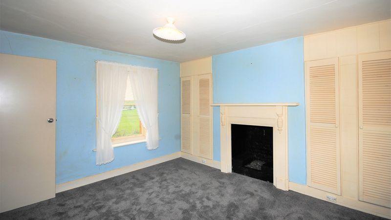 property image 1264235