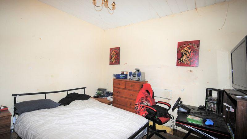 property image 1264502