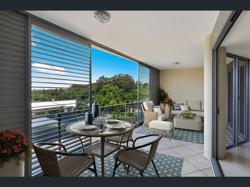 Renovated Buderim apartment with views and office
