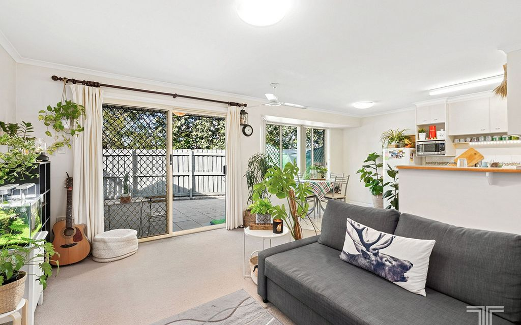 Perfectly Situated Opposite Westfield Carindale