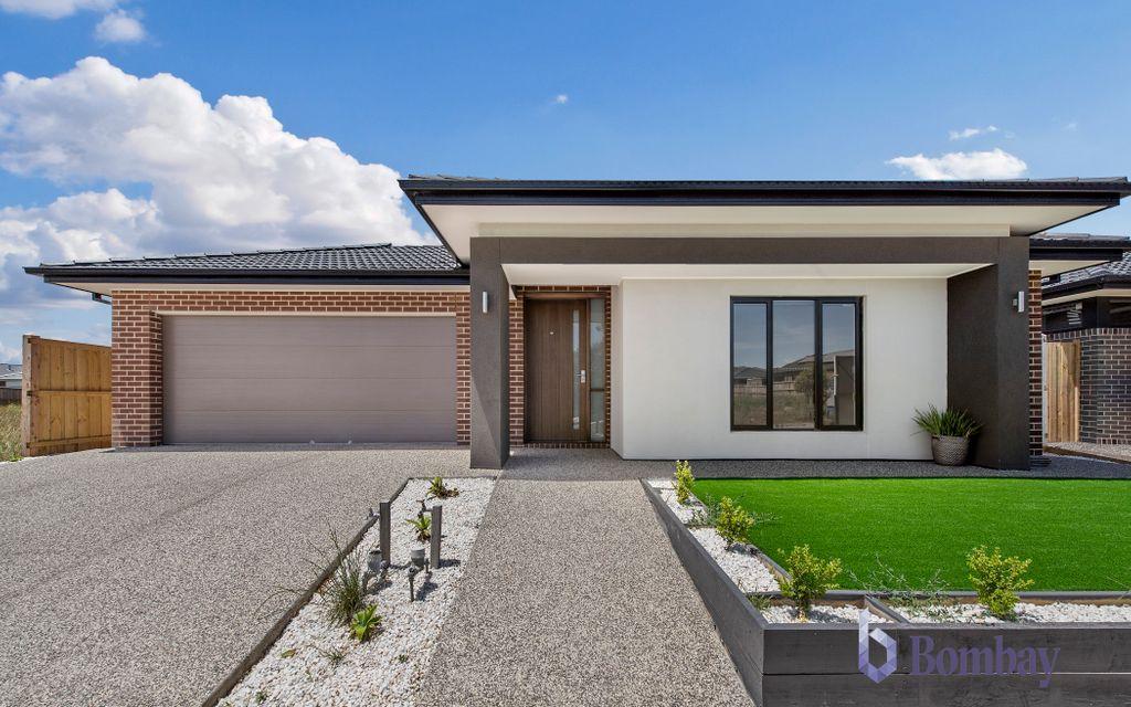 Beautiful family House in Waratah Estate on 512 sqm land !!!!