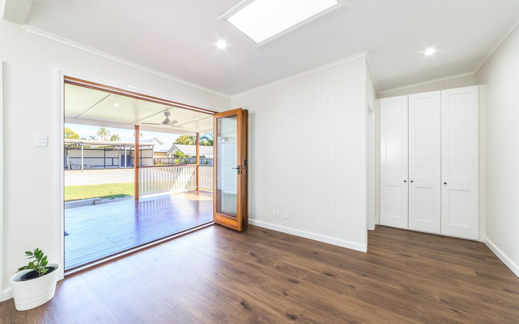 Stylish family home in unbeatable location!