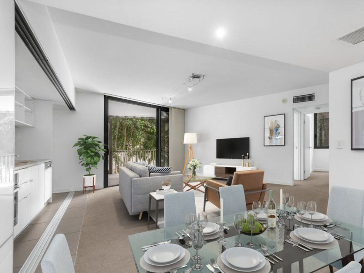 SPACIOUS 2 BED APARTMENT IN ULTRA CONVENIENT SOUTH BRISBANE LOCATION