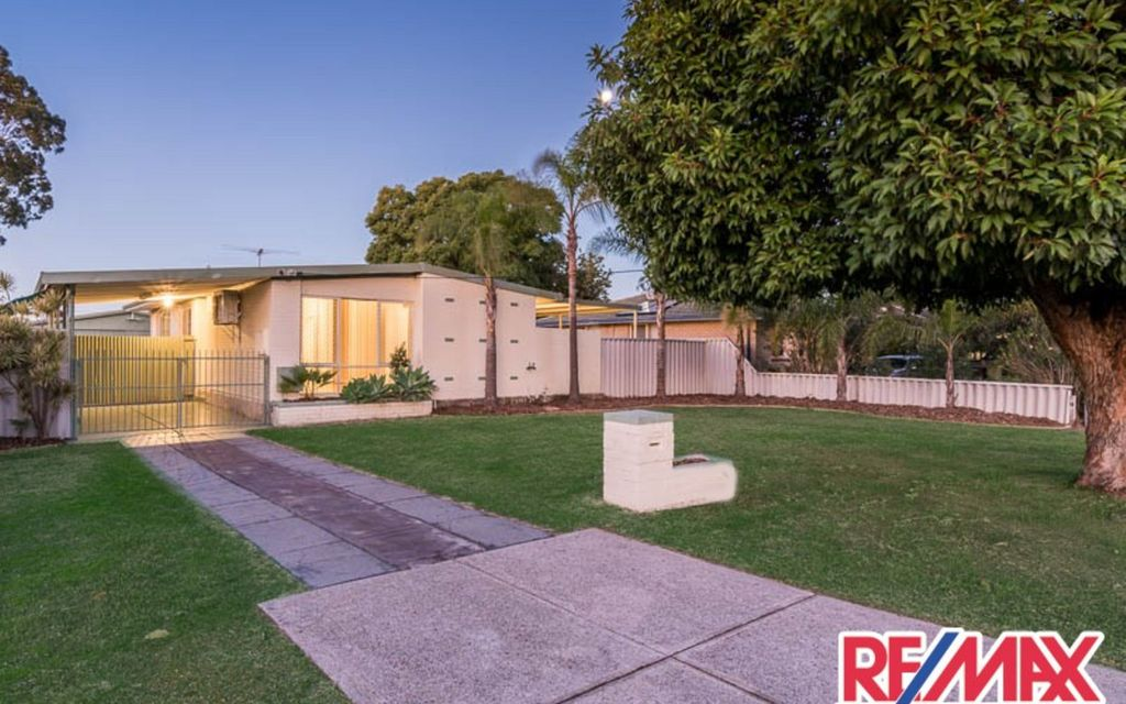 Under Contract By Mitchell Family Team