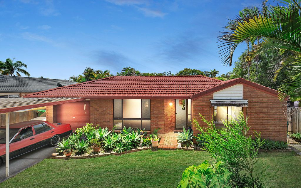 RARE DUAL STREET FRONTAGE FAMILY INVESTMENT