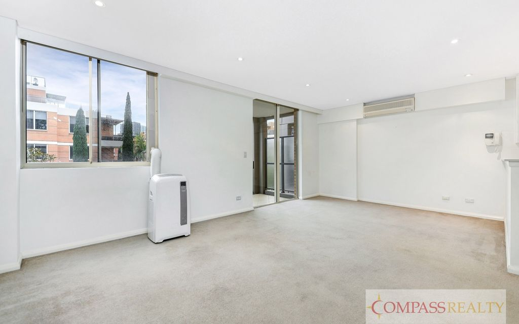 Split Level 2-bedroom Apartment