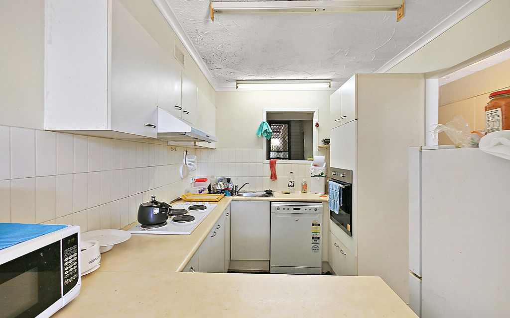 Spacious townhouse in central Capalaba location.