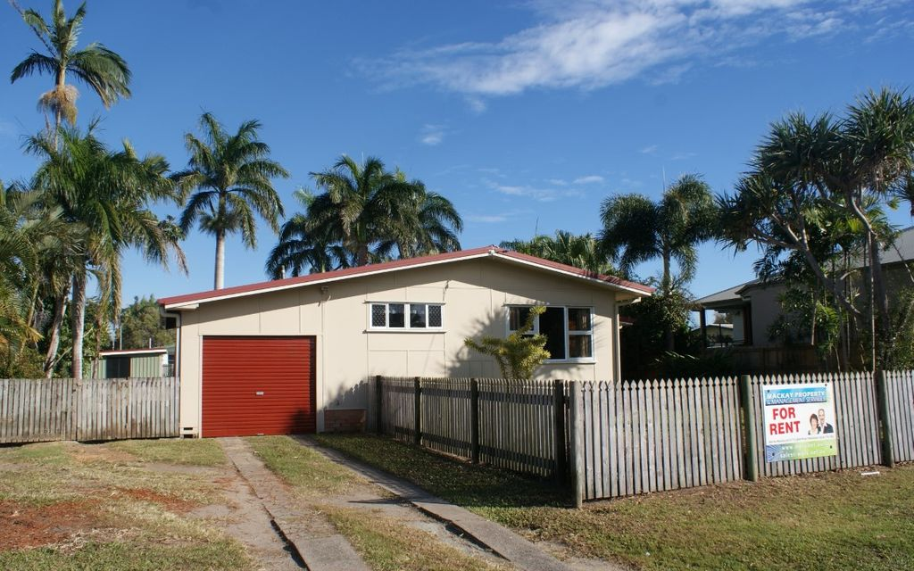 Pet Friendly House on a Large Block in South Mackay