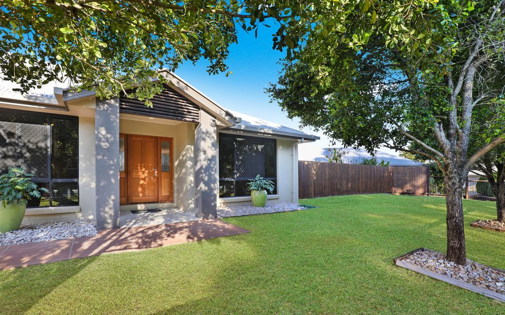 Stylish single level contemporary home with side access