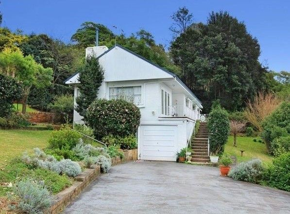 Nestled in the Foothills of Mount Keira