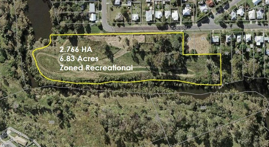 VACANT LAND RIGHT IN THE HEART OF IPSWICH 6.83 ACRES