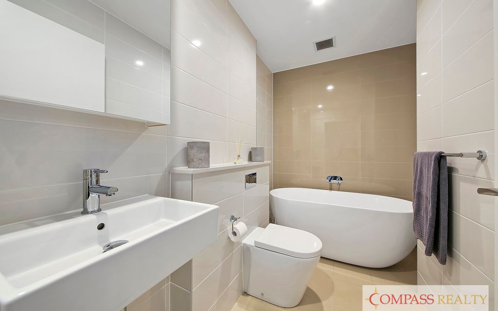 Fully furnished  Luxury Apartment ! $620 PER WEEK + 1 WEEK FREE RENT