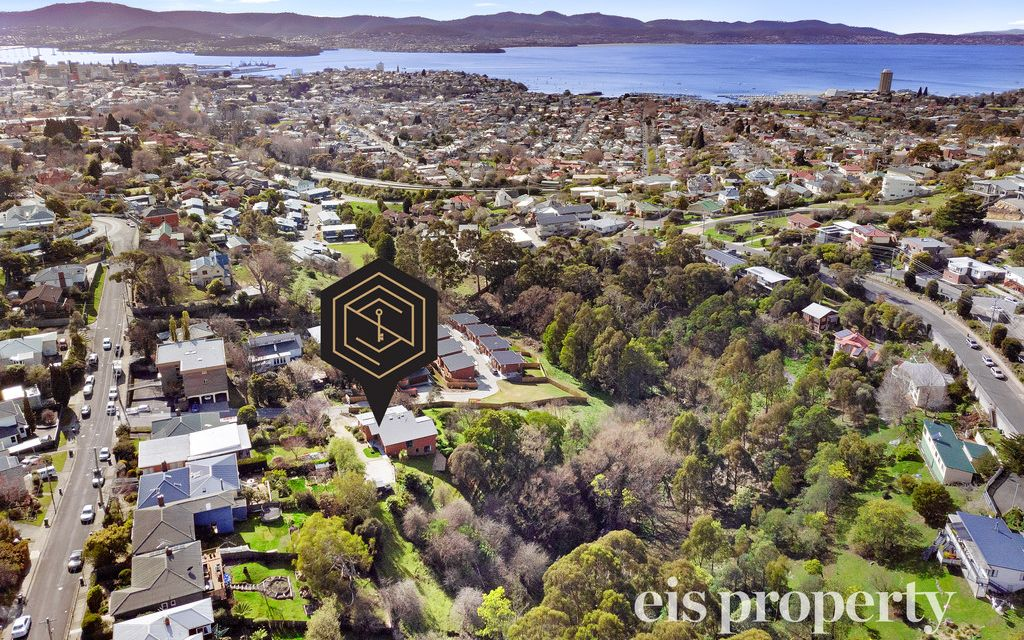 Enjoy your own private, natural sanctuary on Hobart City fringe
