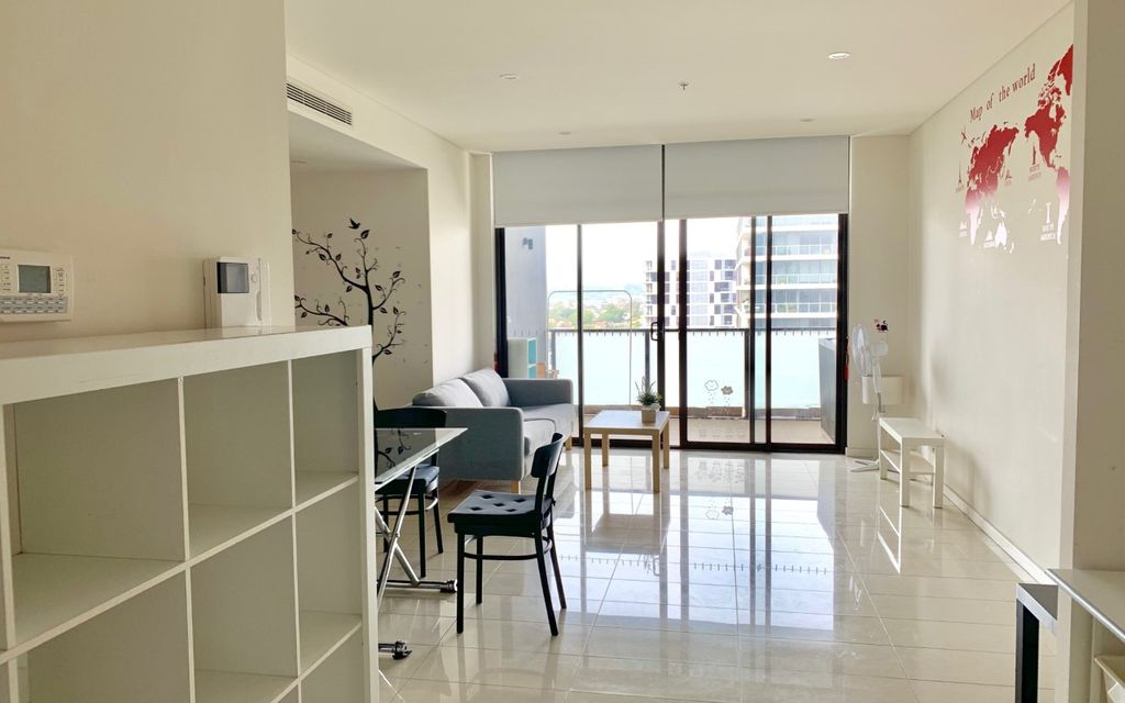 Like New  2 Bedroom Apartment @ Platinum Zetland!