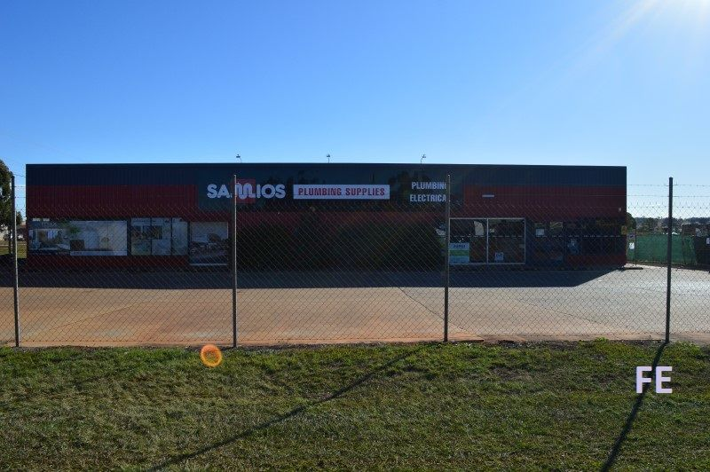 COMMERCIAL SITE