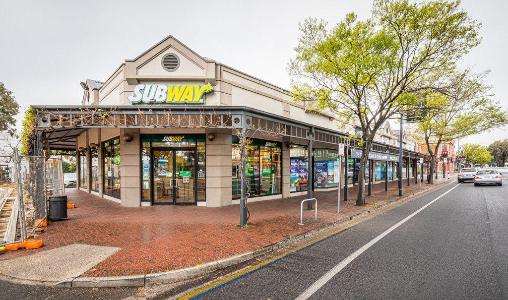 High Profile Corner Retail