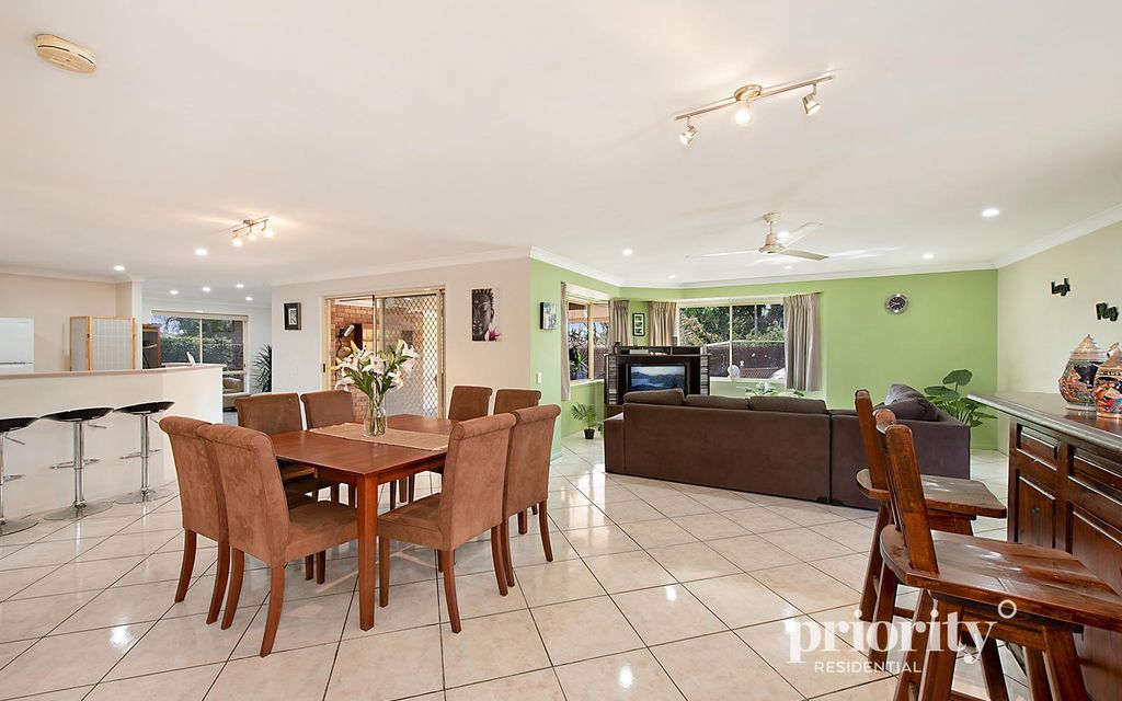 Rent it out and enjoy 4.4% rental yield, or move in yourself for a low maintenance family lifestyle