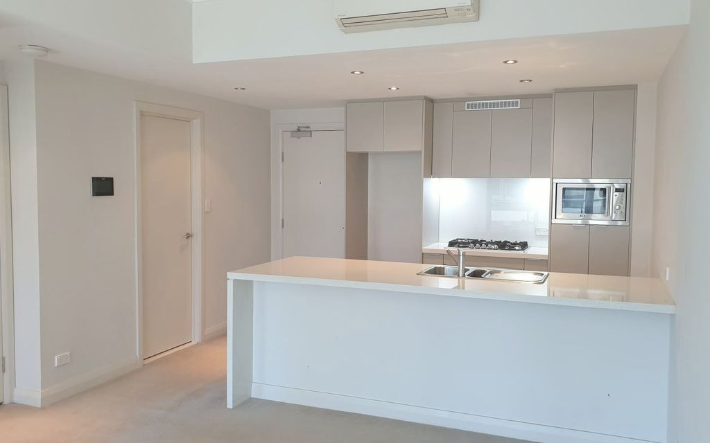 As-new one-bedroom apartment in Rhodes!