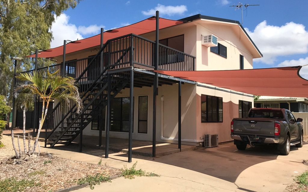 Highset Home Offering Dual Living