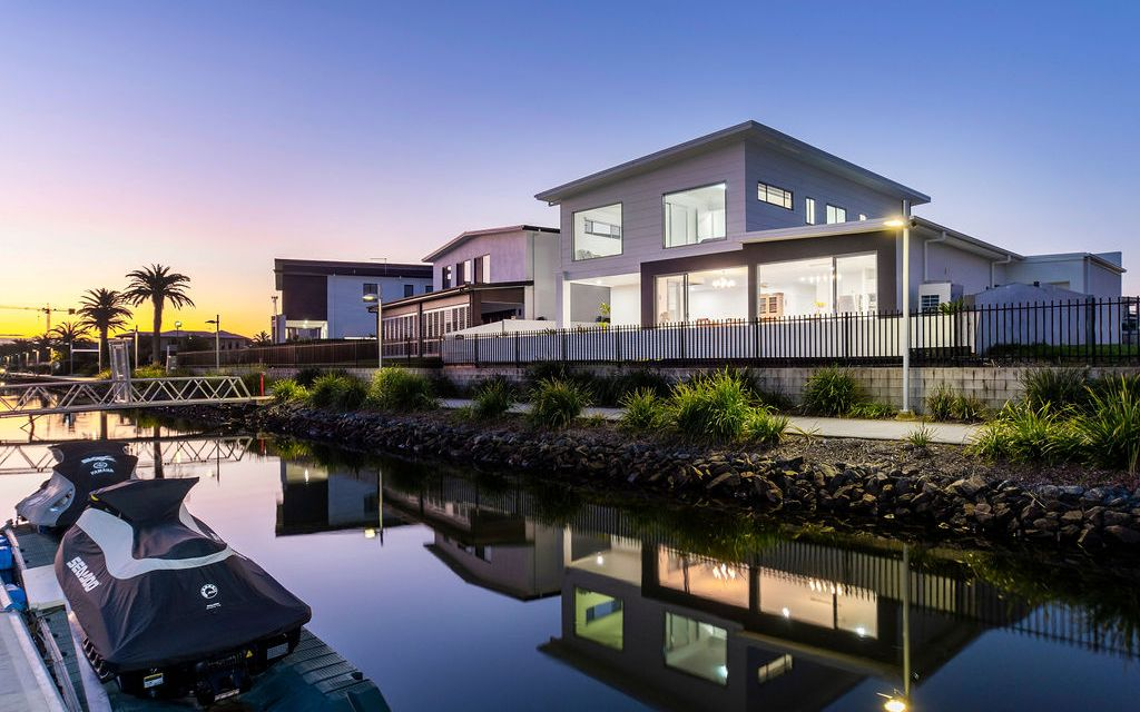 Modern Waterfront Home Only Minutes From The Broadwater