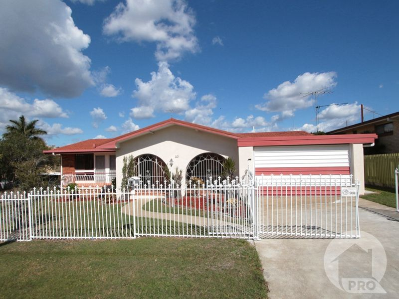 Immaculate Comfortable Residence with Dual Living Potential