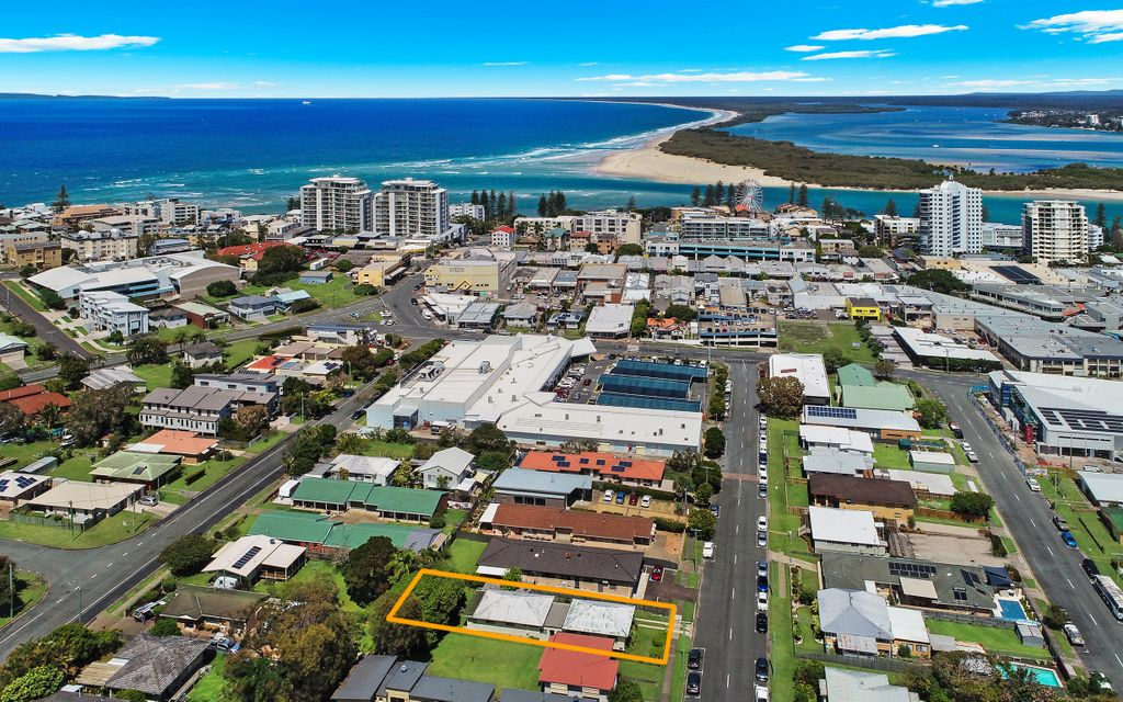 Ideal Duplex Investment In Central Caloundra !!