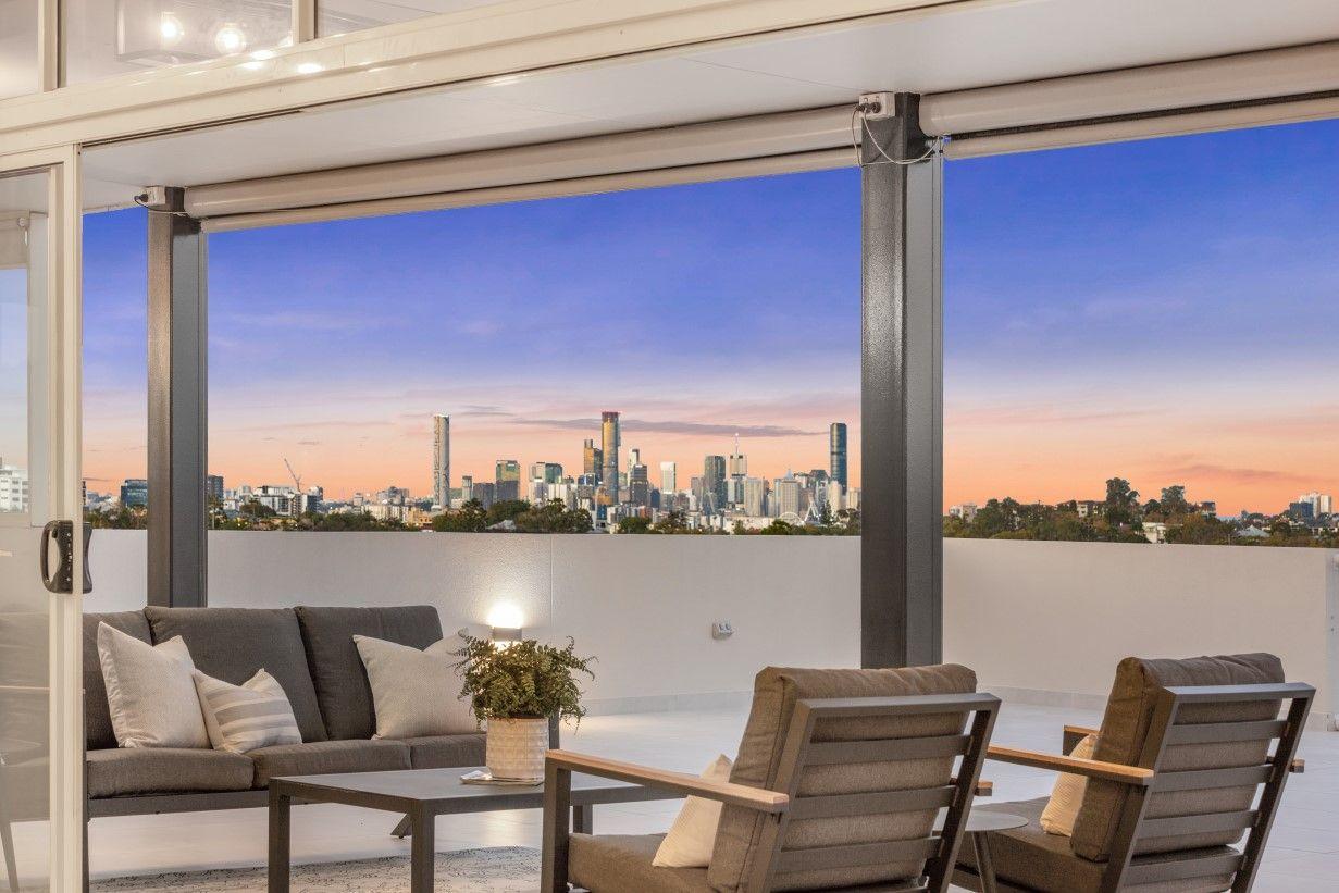 Luxury Living Panoramic Views
