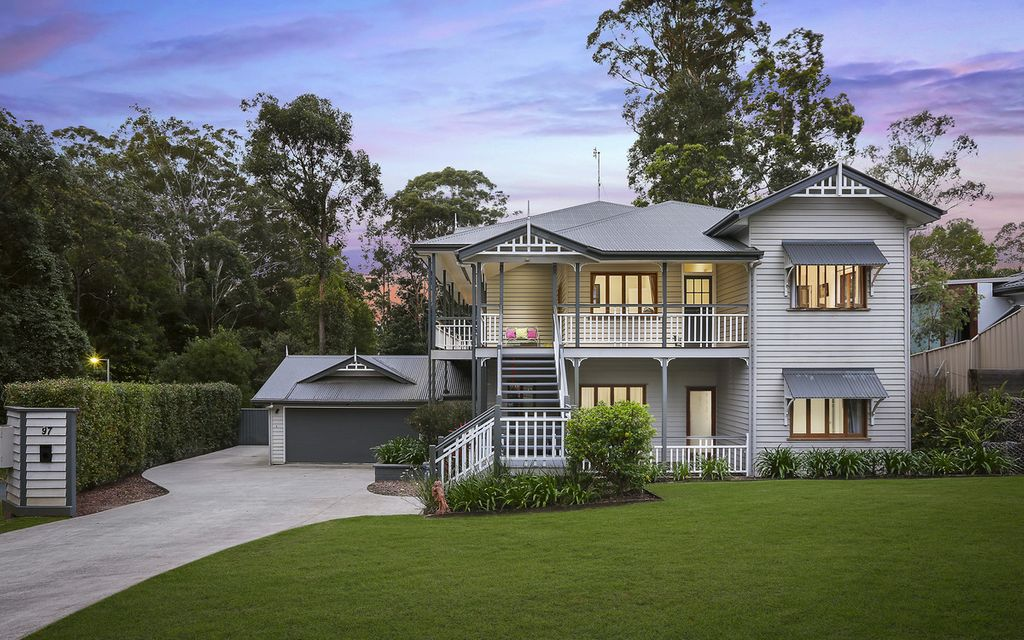 Classic transformed Queenslander with pool on 2,020m2