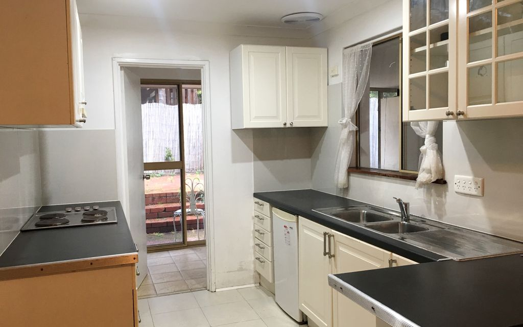 3 X 1 REAR HOME, CLOSE TO CURTIN UNIVERSITY