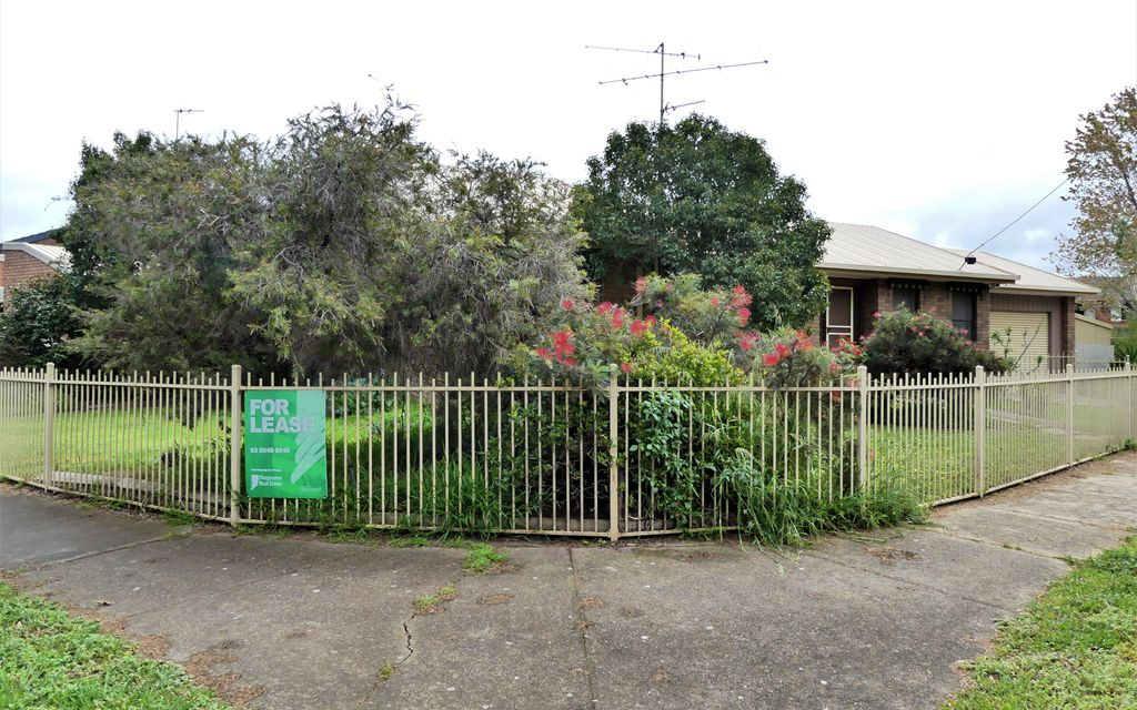 2 Bedroom, 2 Bathroom Home Shepparton