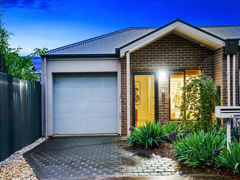 Near new home in popular suburb, ready to move in and make your own!