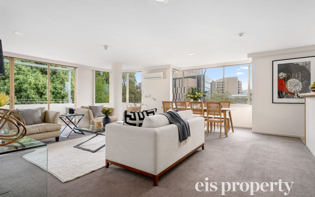 First class apartment, enviable lifestyle opportunity